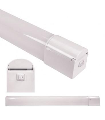 Applique de salle de bain IP44 - avec interrupteur et prise - 8W