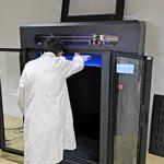DELILED possède plusieurs imprimantes 3D, permettant le prototypage rapide ou la production de pièces sur-mesure