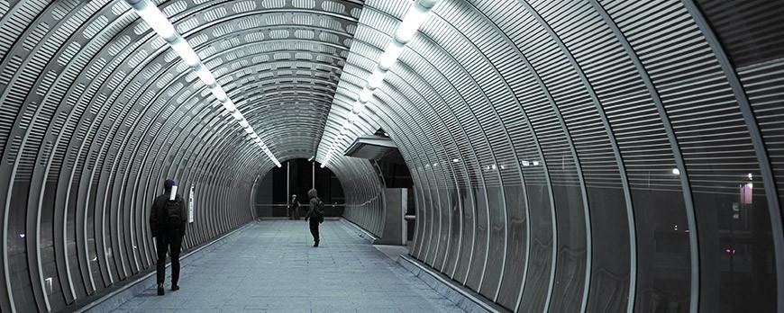 Le Tubulaire LED révolutionne l'Éclairage Industriel !